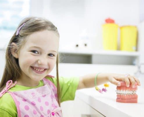 Kinder Zahnarzt Praxis Aschaffenburg mit Schwerpunkt Kinderzahnheilkunde
